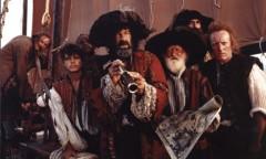 Pirates longue-vue.jpg